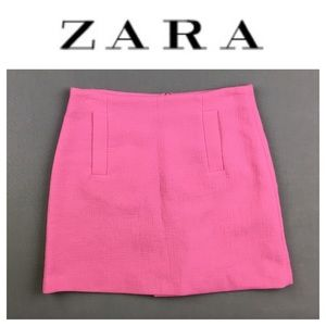 💸ZARA Basic pink colored midi skirt in size S